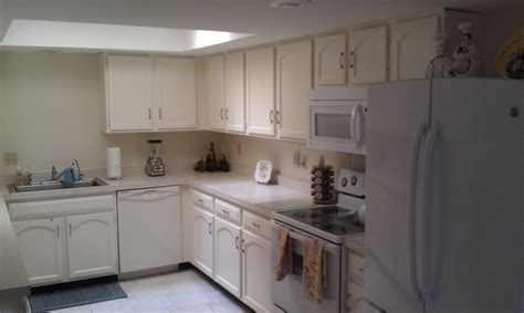 simple steps to painting your cabinets or cupboards 7 simple steps to painting your cabinets or cupboards 7