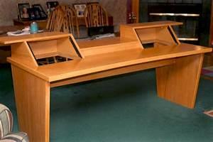 Fearon's Fine Woodworking - Desks