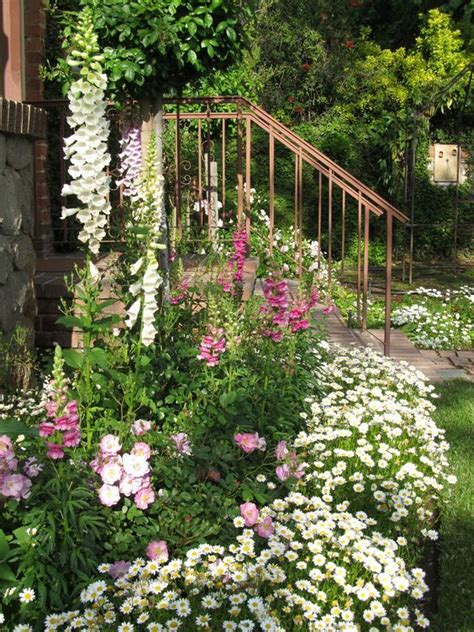 top 10 popular diy flower gardens ideas s crafts