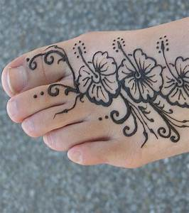 Tattoo Auf Dem Fuß : polynesian tahiti und maori tattoos entdeckt die sch nsten motive und vorlagen ~ Frokenaadalensverden.com Haus und Dekorationen