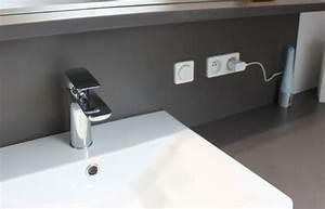 l39installation electrique dans la salle de bain travauxcom With prise dans salle de bain