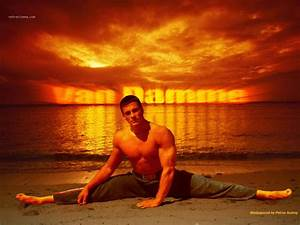 Jean-Claude Van DAMME : Biography and movies