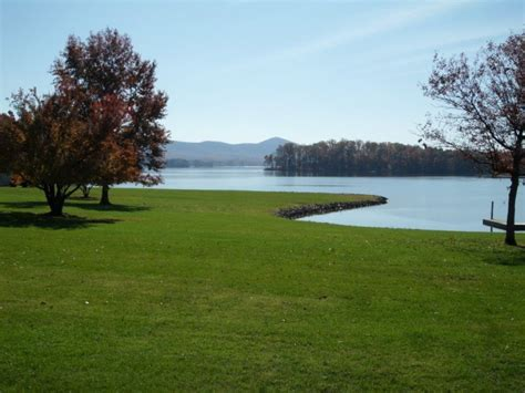 Bedford county is just three hours from. Smith Mountain Lake Vacation Rentals - Meadows Lakefront ...