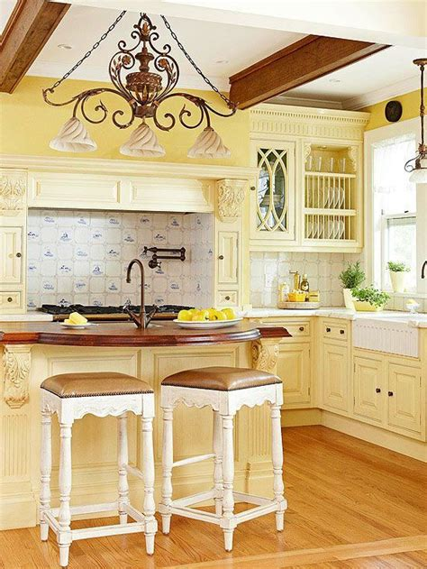yellow kitchen colors yellow kitchen country kitchens i might actually cook in 1215