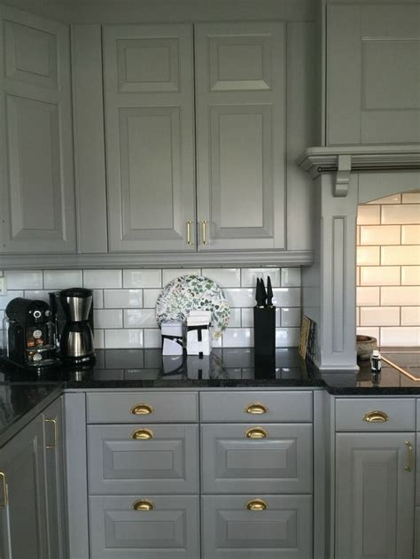 grey cabinets in kitchen tilda bj 228 rsmyr mode sk 246 nhet och livsstil interior 4057