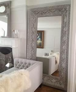 Miroir à Poser Au Sol : large white embossed mirror clectique miroir poser au sol london par sweetpea willow ~ Teatrodelosmanantiales.com Idées de Décoration