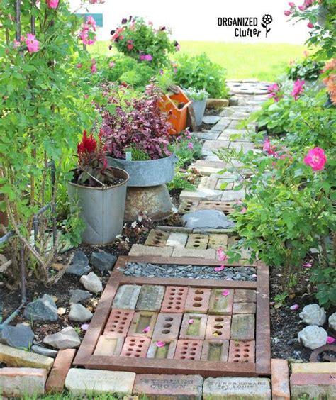 ideas  garden junk  pinterest rustic