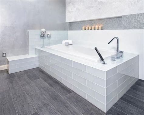 waterproof vinyl plank flooring 29 vinyl flooring ideas with pros and cons digsdigs
