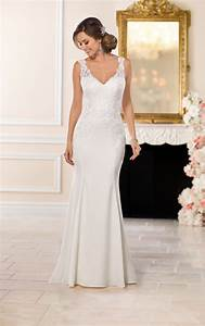 Wedding dresses casual lace wedding dress stella york for Casual lace wedding dress