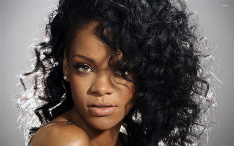 rihanna with curly hair wallpaper wallpapers