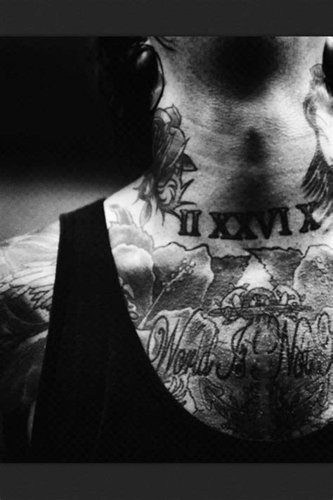 114 best Awesome heavily tattooed people images on Pinterest | Music bands, Oli sykes and Mitch