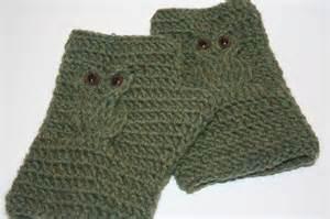 Owl Fingerless Gloves Crochet Pattern