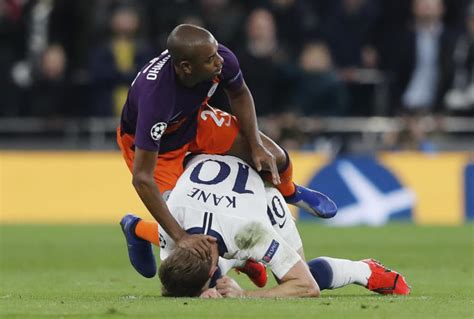Kane suffered 'significant' ligament injury, Tottenham says