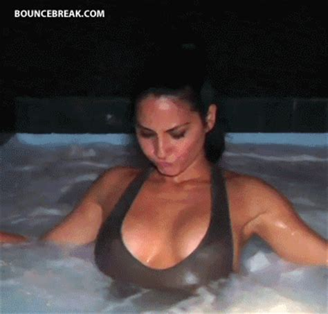tits in the hot tub gif