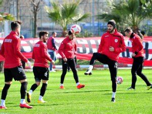 Action is to be expected at samsun 19 mayıs stadyumu when samsunspor face altınordu in what should be a great game. Samsunspor İle Altınordu 14. Randevuya Çıkacak
