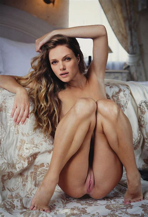 Tracy Spiridakos Pussy Celebrity Leaks Scandals Sex