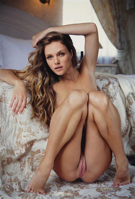 Tracy Spiridakos Pussy Celebrity Leaks Scandals Sex