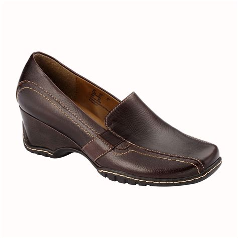 i comfort shoes at sears spin prod 236294701 hei 333 wid 333 op sharpen 1