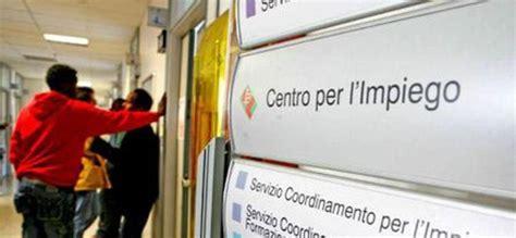 Ufficio Collocamento Lucca by Come Iscriversi Al Centro Per L Impiego Verde Azzurro