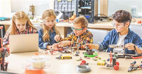 stem maker spaces  engaged students defined stem