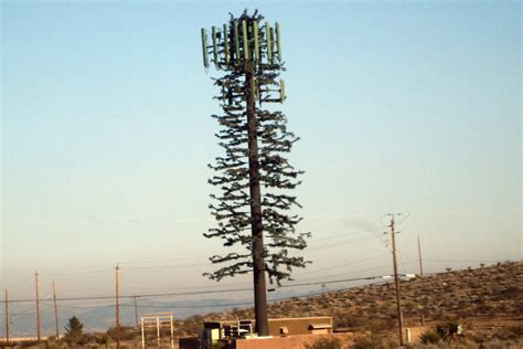 Verizon wants to sell and lease their cell towers for cash ...