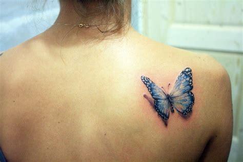 image de tatouage pour femme papillon tatouage
