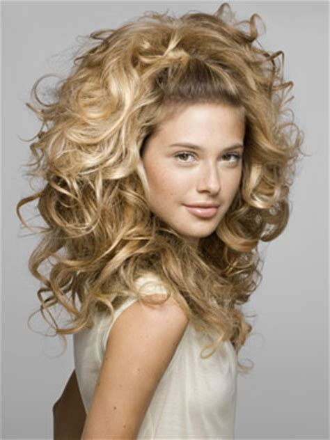hairstyles  curly hair pretty designs