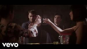 The Chainsmokers - Kanye ft. SirenXX - YouTube