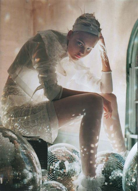 Maskup Tim Walker Fairytale Photography