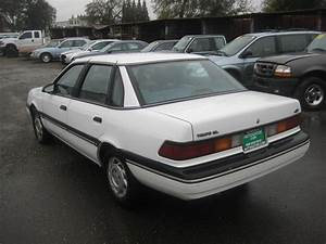 1990 Ford Tempo - Information And Photos