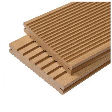 comment poser une terrasse composite ou bois sur plots guide complet