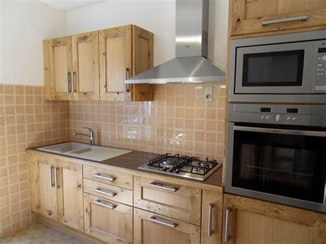 cr馘ence moderne pour cuisine model de faience pour cuisine maison design bahbe com