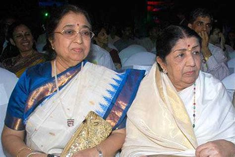 Lataji & Sister Usha Come Together After Decades... Lata