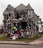 Fire destroys Heidelberg Project's 'Doll House' in Detroit ...