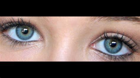 Comment maquiller les yeux verts avec un fard Orange Paprika on Vimeo