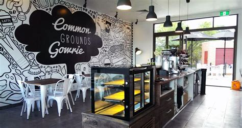 We all like having morning coffee because it tastes really nice and it also helps us wake up, brings energy to us to start the day. Expressive Cafe Wall Decorations : Maintaining Decorum Of The Atmosphere