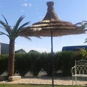 Parasol En Paille : parasol en paille et fer forg bca mat riaux anciens ~ Teatrodelosmanantiales.com Idées de Décoration