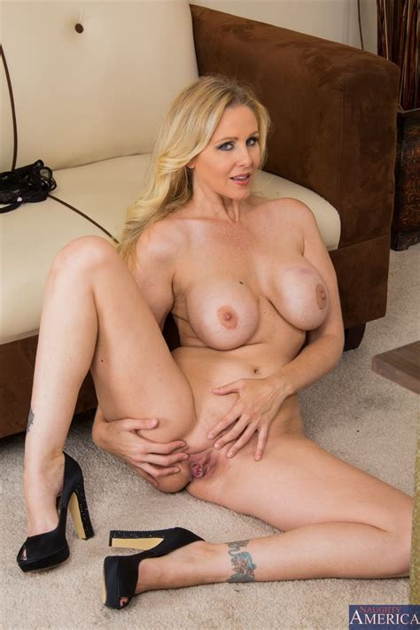 Hot Milf Julia Ann Fucks In Her Sexy Red Top At The Office