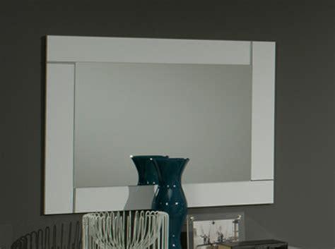 chambre a coucher blanc laqué miroir city laque blanc chambre à coucher blanc