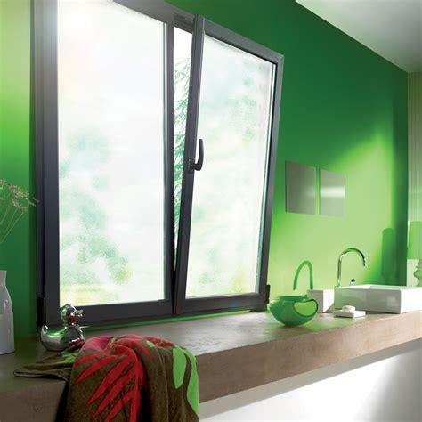 cuisine et gris réalisation fenêtre de cuisine en aluminium gris avec