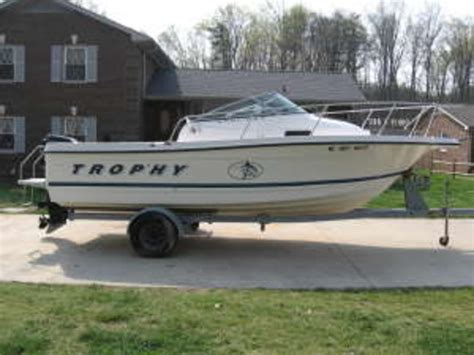 Trophy Boats Reputation by 1983 Bayliner Trophy Images Frompo 1