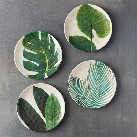 melamine plates  summer entertaining    buy  wanted