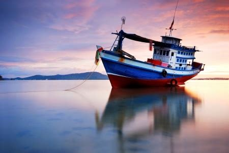 find   fishing boat  sale personal
