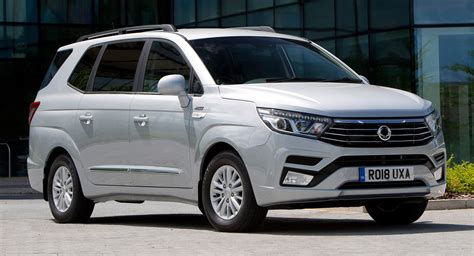 Facelifted SsangYong Turismo Is Not The Prettiest MPV Out ...