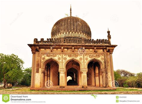 An Ancient, Islamic Architecture In India Stock Photo