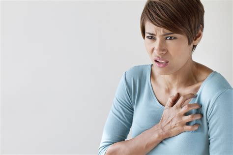 Aarp 5 Dramatic Ways Womens And Mens Heart Attacks Differ