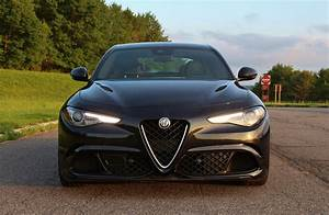 Alfa Romeo Giulia Quadrifoglio Occasion : lucky charm 2017 alfa romeo giulia quadrifoglio limited slip blog ~ Gottalentnigeria.com Avis de Voitures