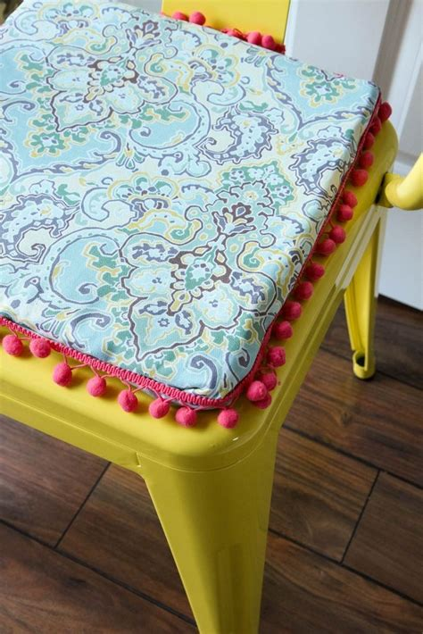 DIY No-Sew Reversible Chair Cushions - Waverly Inspirations