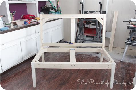 Diy Settee by White Diy Upholstered Settee Diy Projects