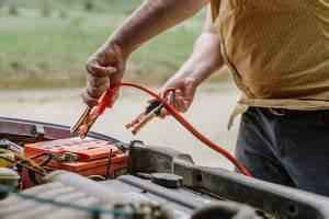 Autobatterie Wechseln Anleitung : autobatterie wechseln anleitung ausbauen einbauen anschlie en ~ Watch28wear.com Haus und Dekorationen